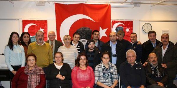 c_600_300_16777215_00_images_Ataturk2.jpg