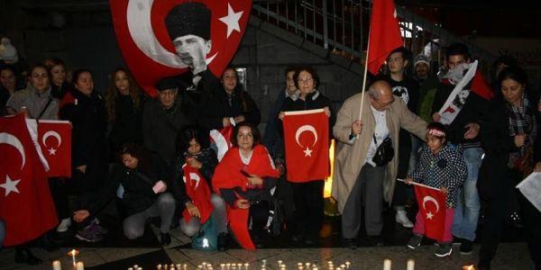 c_600_300_16777215_00_images_Ataturk3.jpg