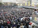 İsveç Irkçılığa karşı AYAĞA Kalktı.
