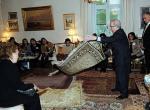 Sosyete halıcısı antik Türk halılarını tanıttı